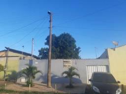 Vendo casa proximo a br040 valparaiso Goiás