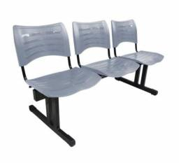 Título do anúncio: Cadeiras 3 lugares