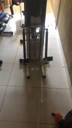 Equipamento para exercícios de musculacao