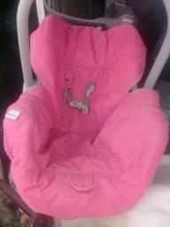 Título do anúncio:  vende um bebê conforto