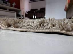 Tapete Semi-Novo Tabacow, pouquíssimo usado (2x2,5 metros)