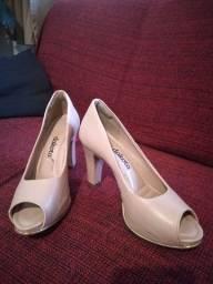 Sapatos N°35