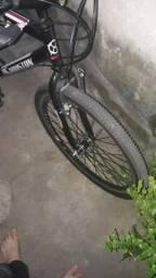 Bicicleta semi nova (leia descrição)