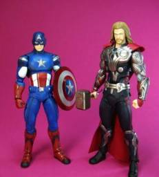Thor e capitão América digna