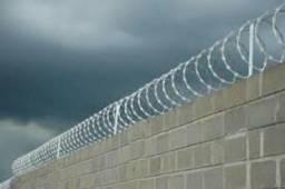 Instalação e manutenção de câmeras cercas e alarmes