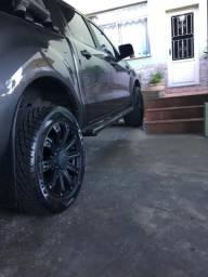Vendo jogo de pneus SEMI NOVOS