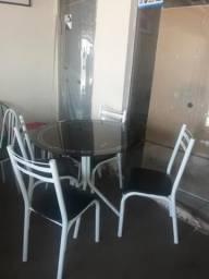 Mesa de vidro semi nova