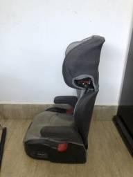 Cadeira automotiva reclinável