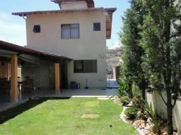 Casa com 3 dormitórios à venda, 293 m² por R$ 950.000,00 - Caiçara - Belo Horizonte/MG