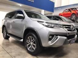 HILUX SW4 2018/2019 2.8 SRX 4X4 7 LUGARES 16V TURBO INTERCOOLER DIESEL 4P AUTOMÁTICO
