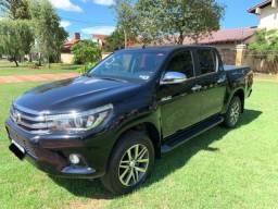Toyota Hilux SRX 4X4 2.8 TDI 16V Automática - 2017