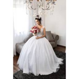 Vestido de noiva semi novo 2 em 1 modelo princesa
