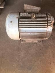 Motor de Indução Trifásico 380-660 Tensão