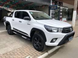 Toyota Hilux Challenge 4X4 CD 2.8 Diesel - 2017/2018 - 2018