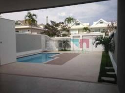 Casa de condomínio à venda com 5 dormitórios cod:RCCN50071