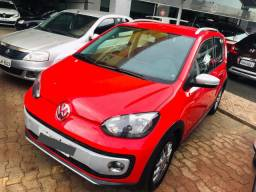 VW Up Cross 1.0 TSI Total Flex 12v 5p 2017