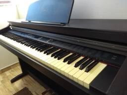 Piano Eletrônico marca Fênix Modelo TG- 8815