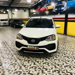 Etios sedan 1.5 x plus modelo 2020 com 9.500 km , na garantia de fabrica
