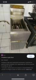 Vende-se uma fritadeira industrial top