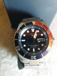 Relógio Seiko 5 Sports Pepsi