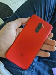 Xiaomi pocophone f1 com caixa e todos os acessórios