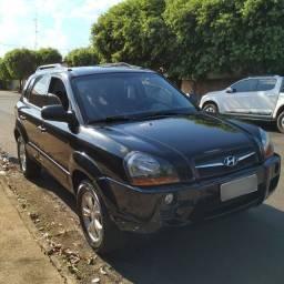 Hyundai Tucson GL 2.0 - 2010 - Completa - Câmbio Manual