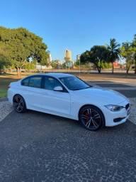 BMW 316i 1.6 Turbo 2013/14 IPVA PG