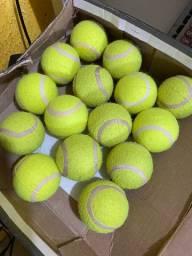 Bola de tênis oportunidade R$ 150,00 15 und