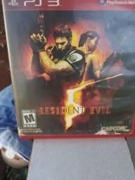 Vendo resdent evil 5  de ps3 25