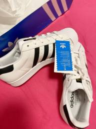 Tênis superstar adidas original 34