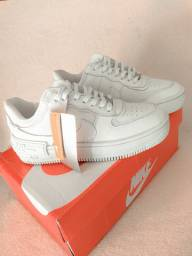 Tênis Nike Air force 1 novo na caixa