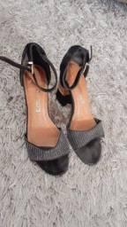 Sandália alta salto grosso