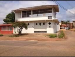 Vendo uma Casa na Rua Jamari Próximo do CPA