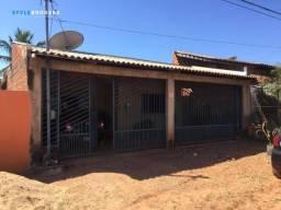 Casa com 2 dormitórios à venda, 102 m² por R$ 160.000,00 - Parque Cuiabá - Cuiabá/MT