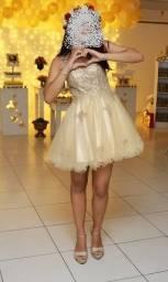 Vestido debutante Tons tamanho P