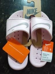 Sandália Nike feminina original 35