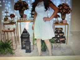 Vestido branco para chá de panela e casamento civil