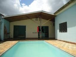 Alugamos casa com piscina excelente para escritorio ou residencia