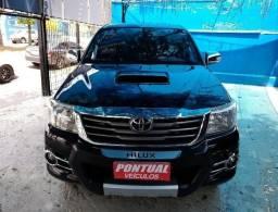 Toyota Hillux Diesel 4x4 2014