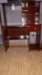 Mesa para computador , perfeito estado