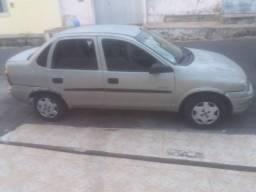 Vendo classic sedan 2005