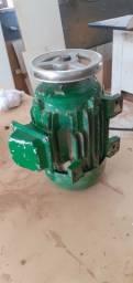 Vendo motor trifasico 3cv