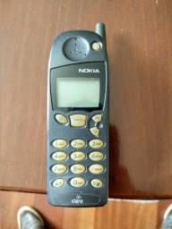 """Celular antigo Nokia 5120i (""""Tijolão""""); R$ 30,00"""