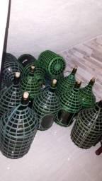 Garrafões para vinho ou cachaça