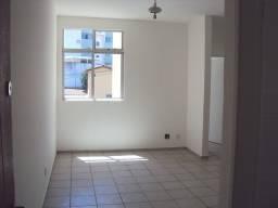 Apto 02 quartos em ótima localização no Salgado Filho!