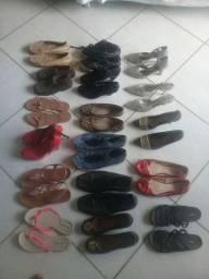 Vendo lote de roupas e sapatos
