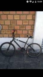 Título do anúncio: Bicicleta aro 20 com avarias