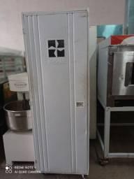 Armário de pão vazio para 20 esteiras
