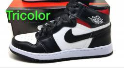 Bota Jordan Nike primeira linha