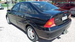 Ford Focus Sedan GLX 1.6 8V 2004/2004